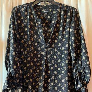 Long/quarter sleeve dress shirt